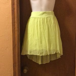 Aeropostale skirt in lime green Size large